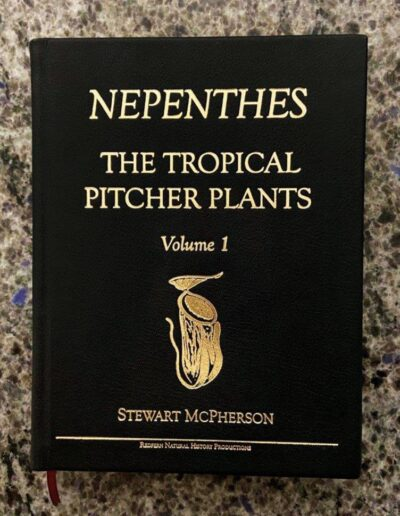 Nepenthes - The Tropical Pitcher Plants - Collector Editions (1)